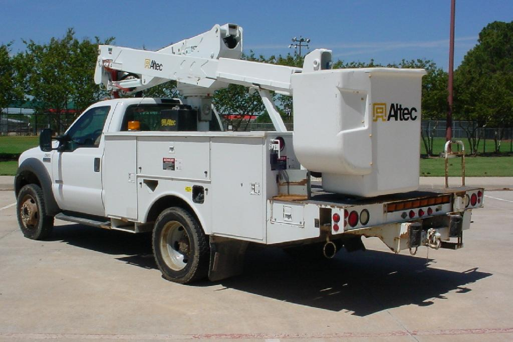 Bucket Truck Stock No. 7863